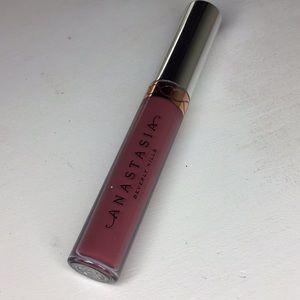 """abh liquid lipstick in """" poet """""""